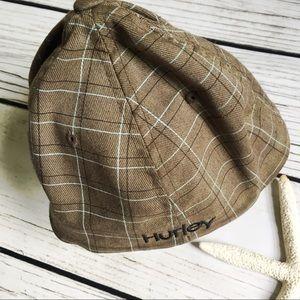 Hurley Accessories - Hurley • Logo Flex Fit Cap Plaid Print